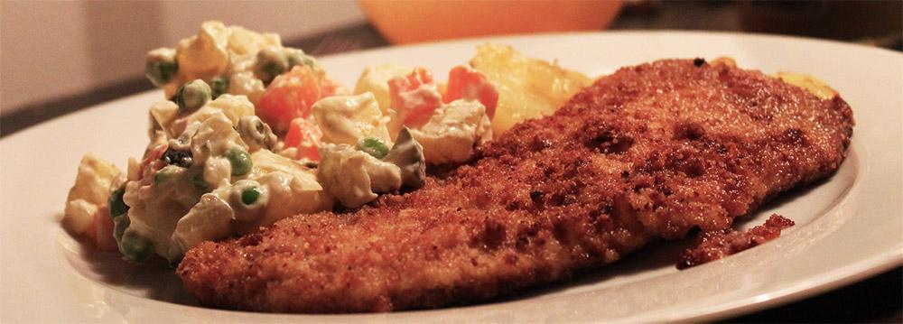 Schnitzel med tjeckisk potatissallad